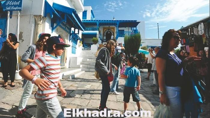 d-pres-de-1-3-million-dalgeriens-se-sont-rendus-en-tunisie-5-4-2015