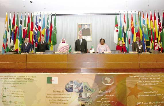 Sellal plaide: Pour une dynamique africaine Le Pacte national économique et social pour la crois 4