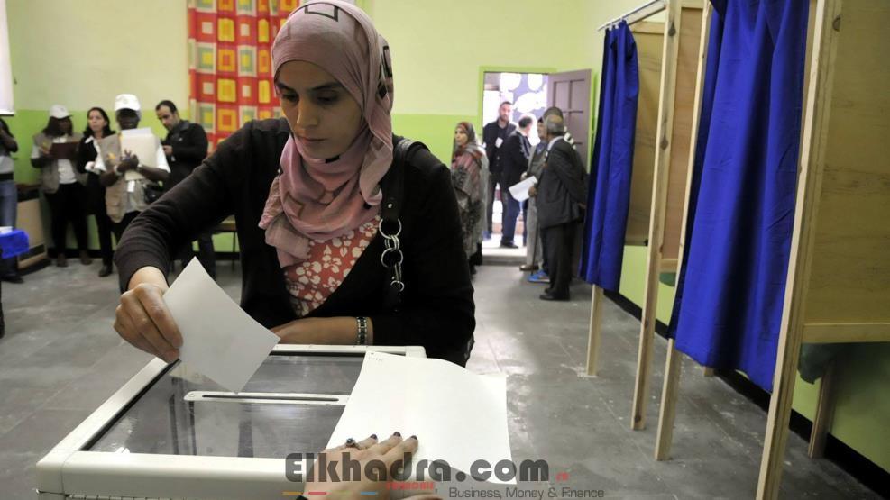 l gislatives 2017 fermeture des bureaux de vote d but du d pouillement des voix dans l. Black Bedroom Furniture Sets. Home Design Ideas