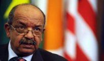 Abdelkader Messahel porteur d'un message du président Bouteflika au président du Zimbabwé 24