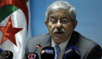 """Ouyahia : """"L'Algérie est toujours maîtresse de ses décisions politiques en dépit de l'effondrement des prix du pétrole"""" 31"""