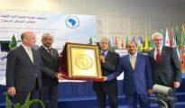 Bouteflika distingué par Afripol pour ses efforts visant à faire régner la paix et la sécurité en Afrique 35