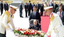 Bouteflika met en avant l'impératif d'accélérer les réformes économiques 33
