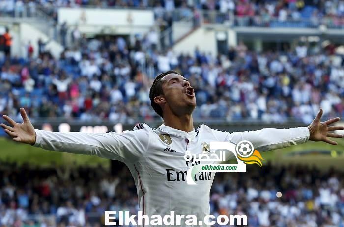 فيديو  : رونالدو يسجل أسرع هاتريك في 8 دقائق فقط و يدخل تاريخ الدوري الإسباني 33