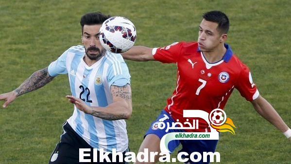 تتويج تشيلي بلقب كوبا أمريكا 2015 بالفوز على الأرجنتين 4-1 بركلات الترجيح 26