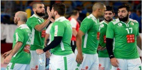 المنتخب الجزائري يضيع الفوز ويتعادل مع المنتخب التونسي 25-25 89