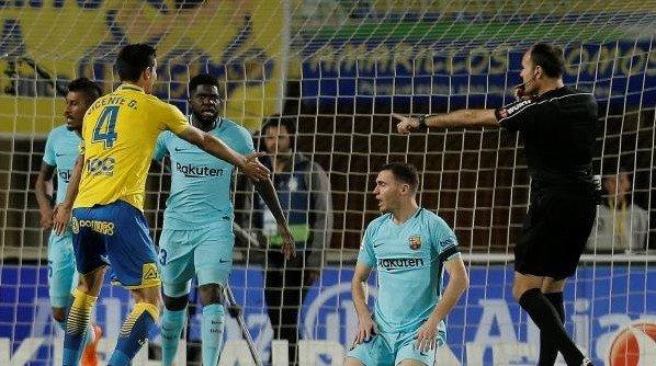 ملخص مباراة برشلونة ولاس بالماس 1-1 - تألق ميسي | تعتر برشلونة - حفيظ دراجي 61