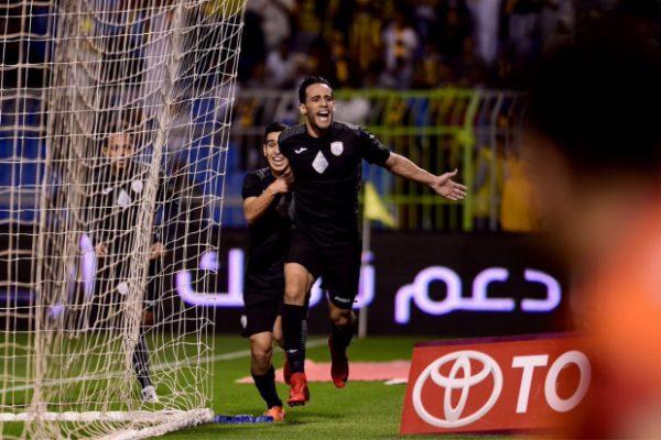 بالفيديو: بن يطو يُوقع هدفا رائعا في الدوري السعودي 60