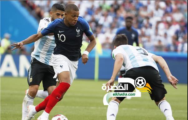 """مبابي: """"اللعب في الجزائر ستكون فرصة تاريخية بالنسبة لي"""" 24"""