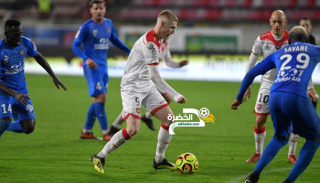 الجزائري الشاب ڨايتان يواصل ظهوره كأساسي مع فالونسيان ! 24