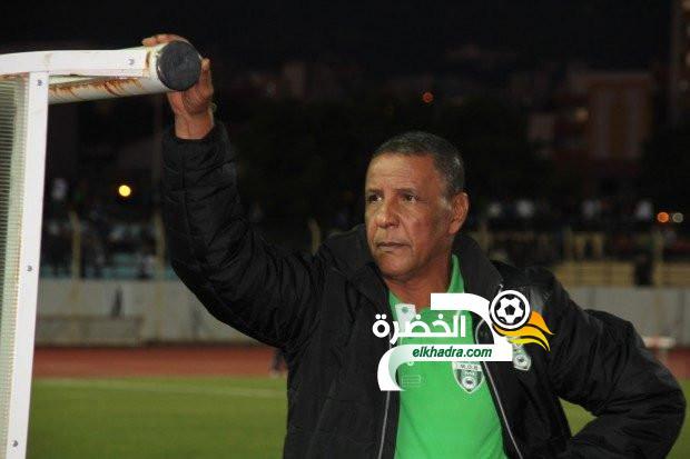 """عبد القادر عمراني :""""اللاعب بحاجة إلى ثلاثة أسابيع على الأقل من أجل العودة للمنافسة"""" 25"""