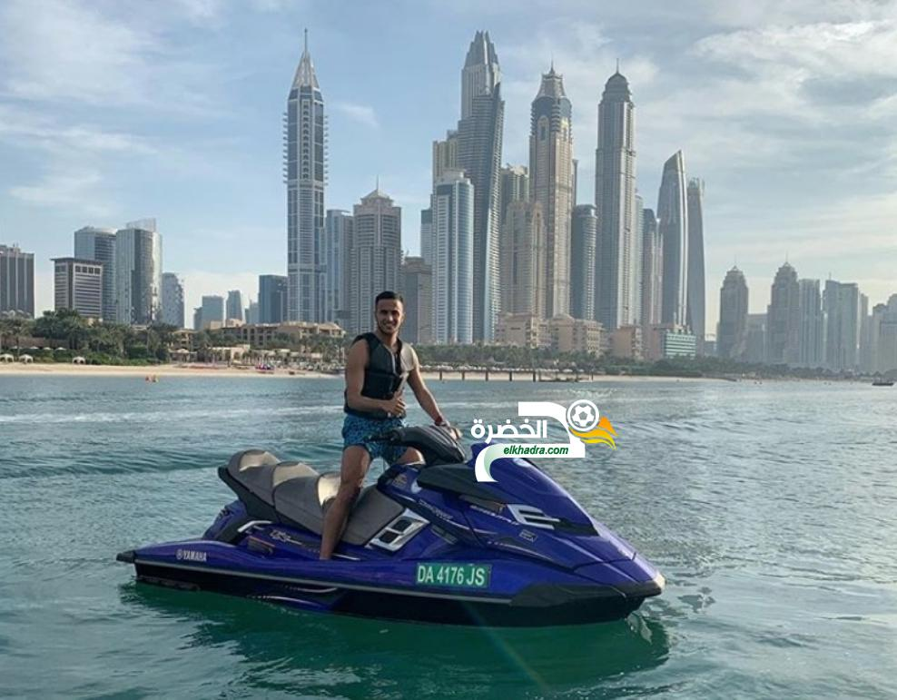 بالصور .. آدم أوناس يقضي العطلة مع زوجته في دبي ! 24