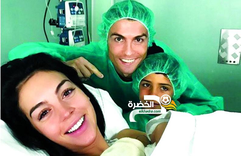 """""""الجيلالي """"كريسيانو جينيور ..حديث الجزائريين على مواقع التواصل الإجتماعي !! 24"""