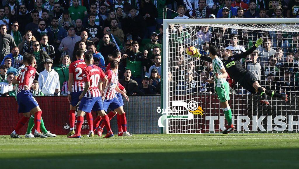 ماندي اساسي وبيتيس يفوز على ثاني الليغا اتلتيكو مدريد 25