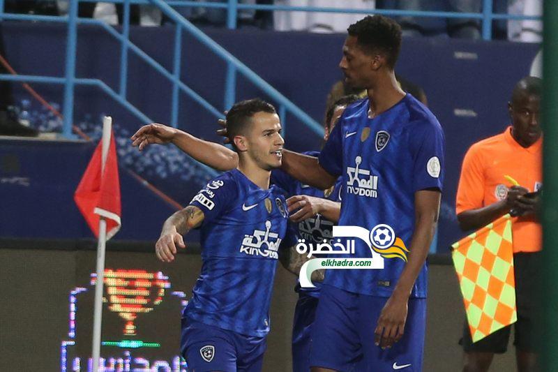 الهلال يفوز على الفيصلي ويحافظ على صدارة الدوري السعودي 24