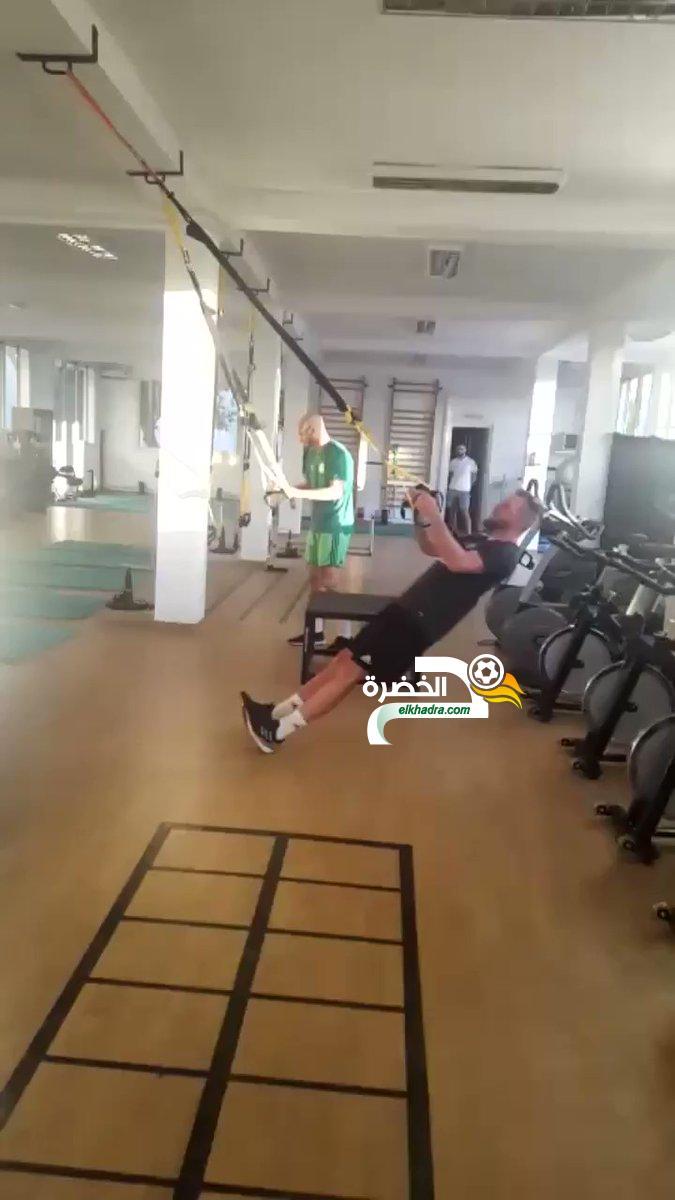 بالفيديو .. تدريبات الخضر تحت إشراف المدرب البدني ألكسندر ديلال 24