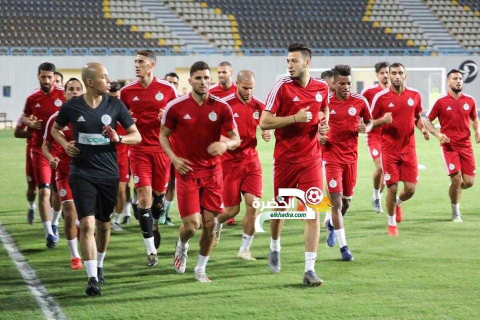بالصور .. الخضر يجرون أول حصة تدريبية بمصر 26