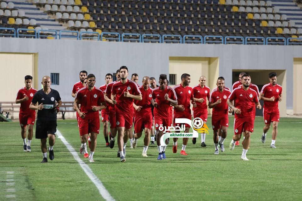 بالصور .. الخضر يجرون أول حصة تدريبية بمصر 24