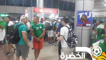 مطار القاهرة يستقبل آلاف الجماهير الجزائرية 24