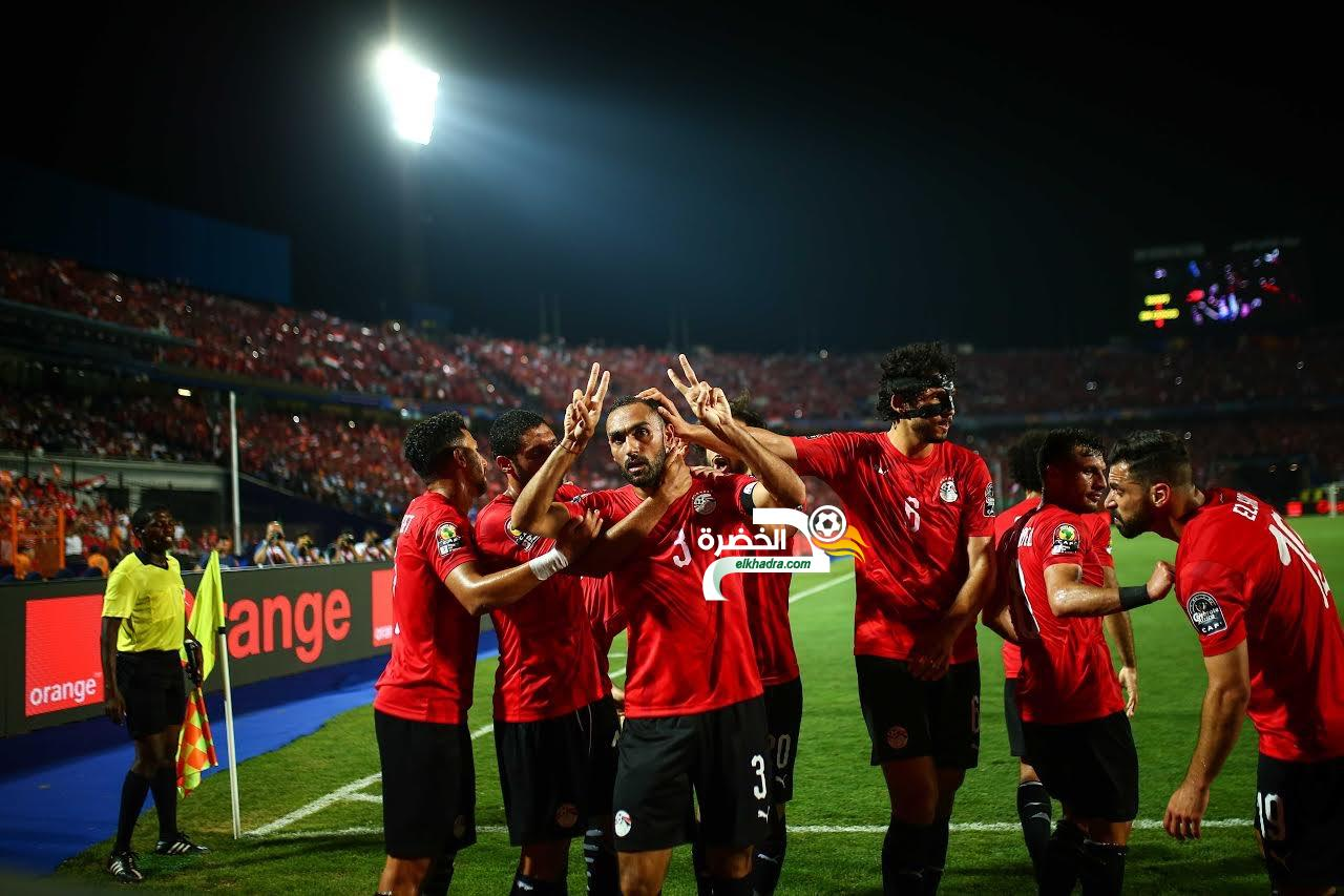 منتخب مصر بزيه الأساسي في مواجهة جنوب أفريقيا 27