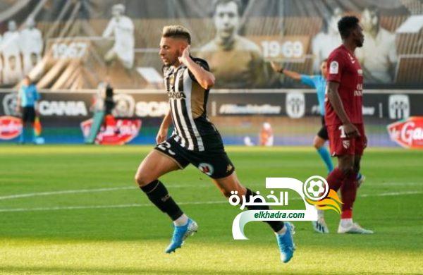 فريد الملالي هداف ضد ميتز ويقود أنجيه لصدارة الدوري الفرنسي 24