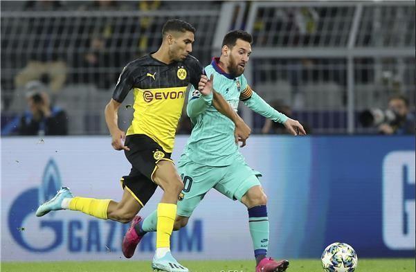 برشلونة يتعادل سلبيا أمام مُضيفه بوروسيا دورتموند 24