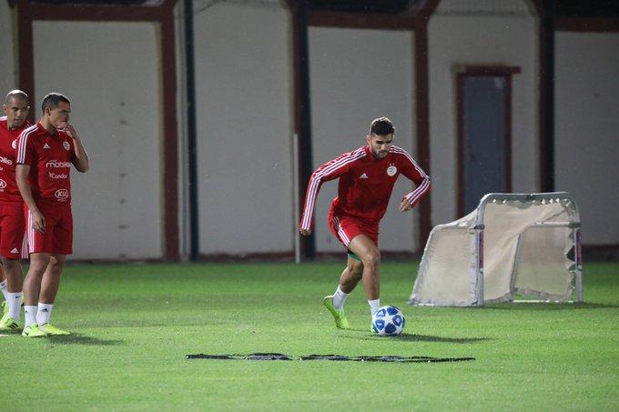 المنتخب الوطني يجري حصة تدريبية بالمركز التدريبي لنادي ليل الفرنسي 17