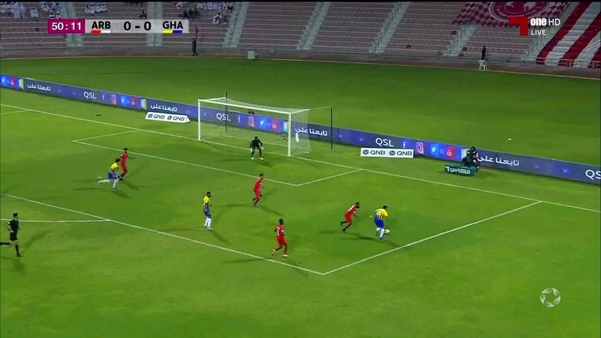 بالفيديو .. هدف سفيان هني ضد نادي العربي 26