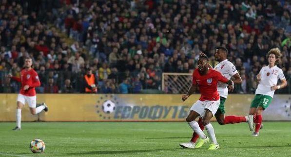 منتخب إنجلترا يعود من بلغاريا بسداسية نظيفة 21