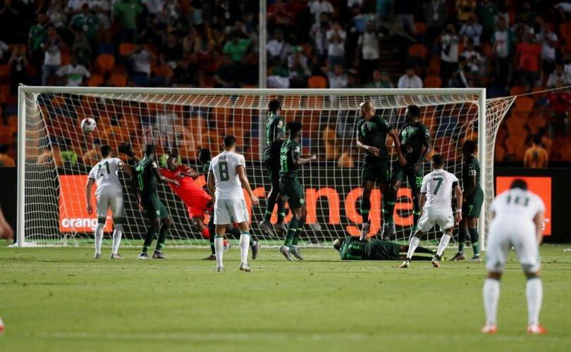 """رياض محرز عن الهدف الشهير على نيجيريا:"""" كانت لحظة لاتُصدّق بالنسبة لي ولمنتخب بلدي"""" 27"""