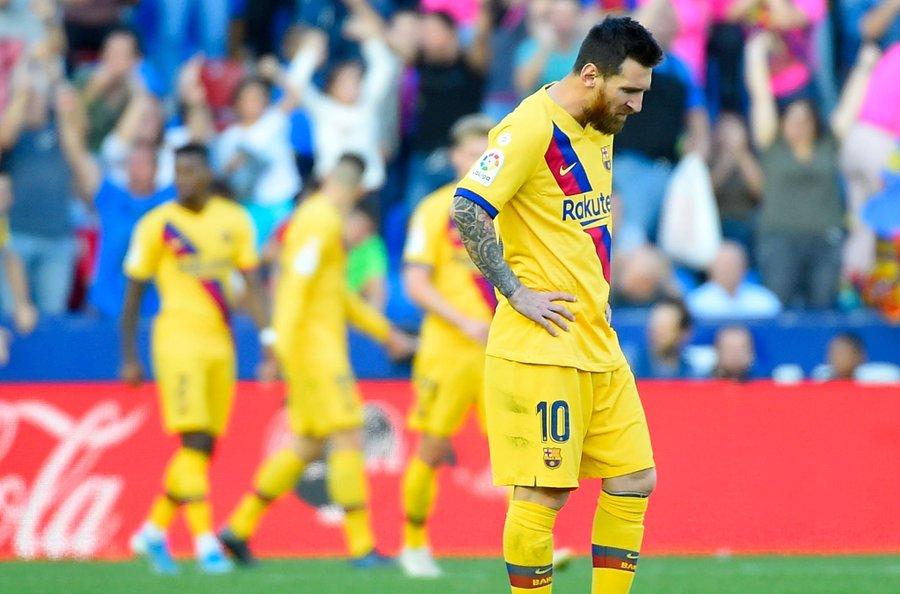 سقوط مدو لبرشلونة امام ليفانتي بثلاثية خارج الديار! 24