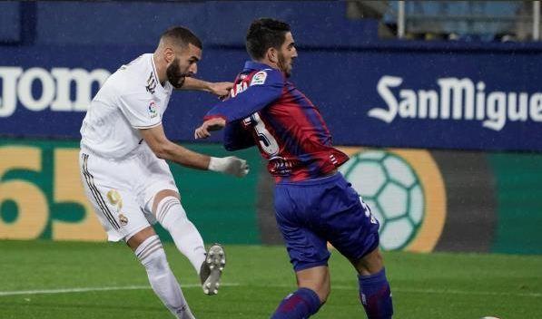 ريال مدريد يسحق إيبار برباعية ضمن الجولة الـ13 من الليجا 123