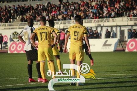 بالصور .. .الوفاق يحسم قمة داربي الهضاب أمام اهلي البرج 31