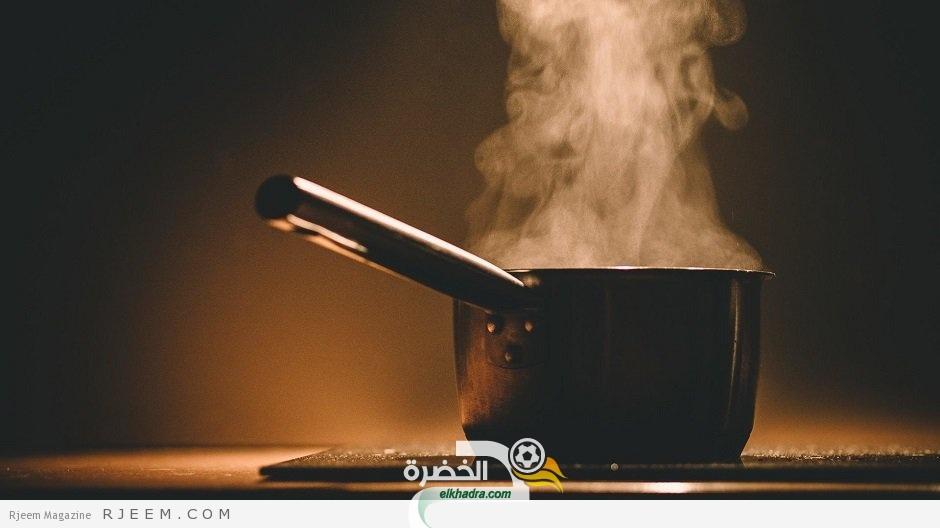 نصيحة طبية مضللة : استنشاق بخار الماء يقضي على فيروس كورونا!! 35