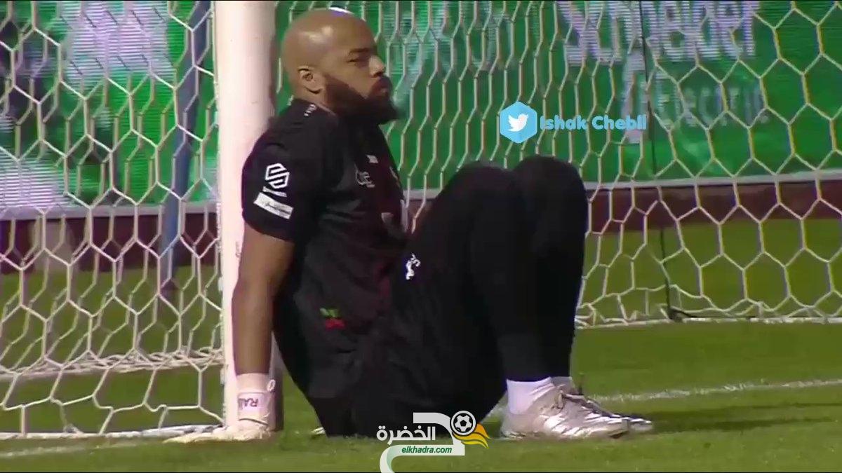 مبولحي يجلس و يترك المرمى فارغ في الدوري السعودي 28