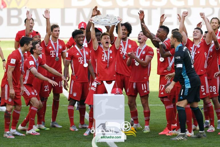 لاعبو بايرن ميونيخ يحتفلون بدرع الدوري الألماني للمرة الثامنة على التوالي 24