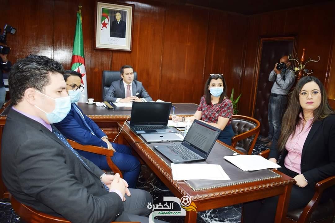"""خالدي: وزراء الشباب الأفارقة يشيدون بالمقاربة """"العلمية والواقعية"""" للجزائر في مكافحة فيروس كورونا 34"""