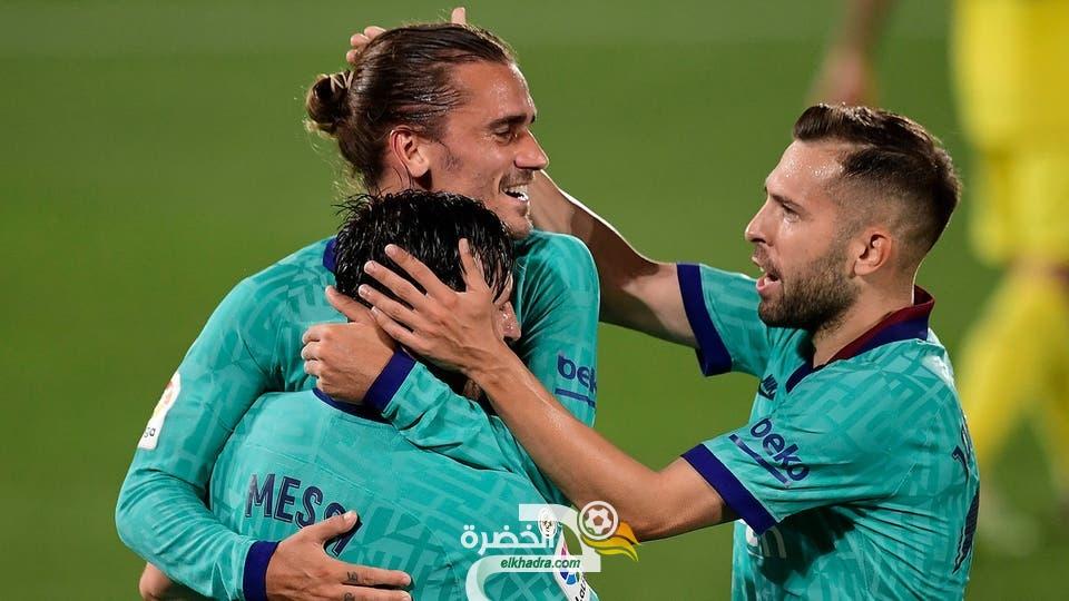 ميسي يقود برشلونة للفوز على مضيفه فياريال برباعية 25