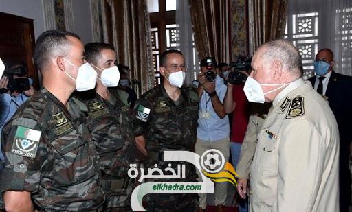 الفريق شنقريحة يشرف على تكريم أعضاء الوفد الرياضي الجزائري العسكري 24