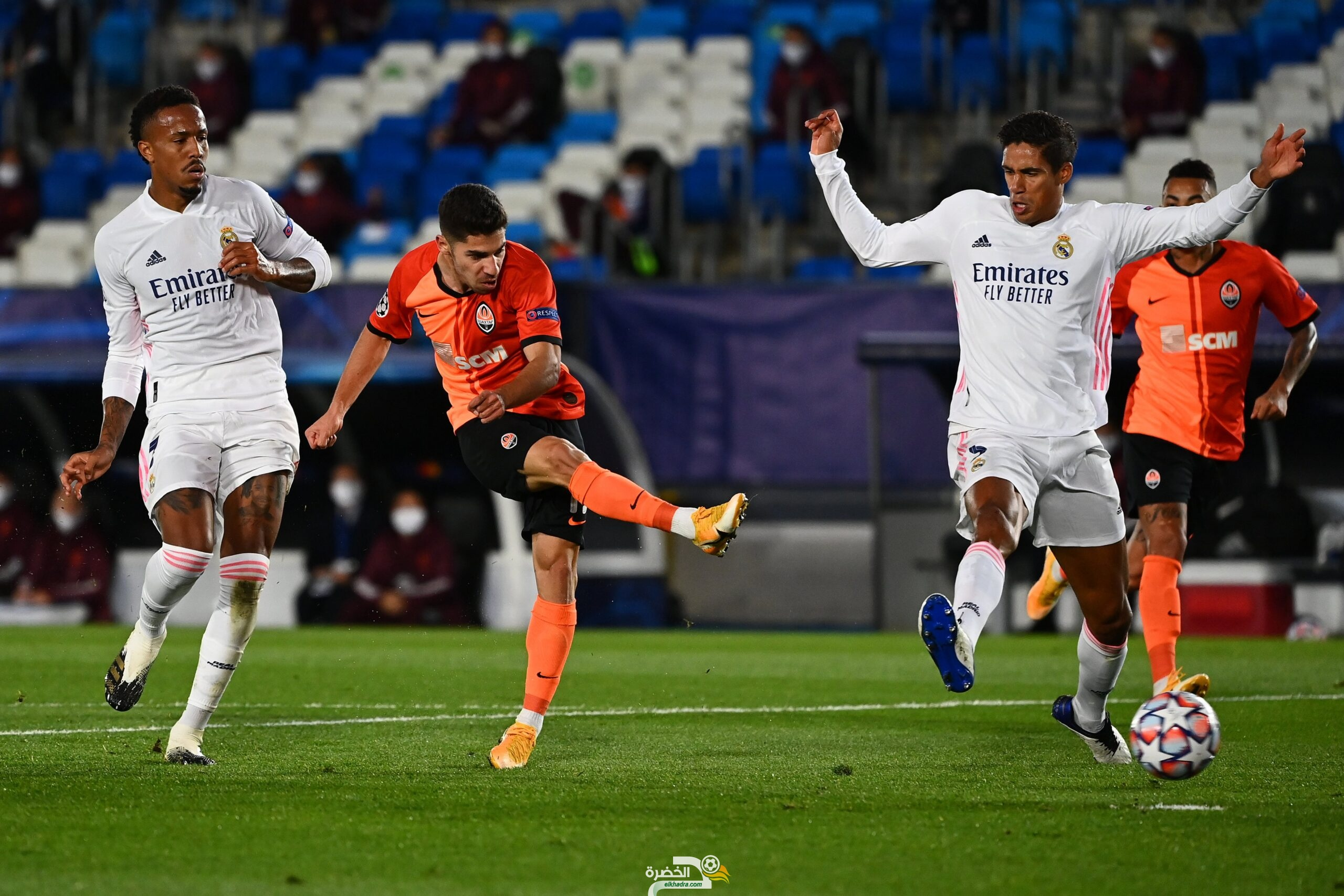 ريال مدريد يسقط أمام ضيفه شاختار بدوري الابطال 30