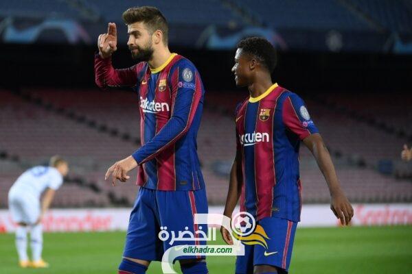 برشلونة يستهدف التعاقد مع مدافع جديد 35