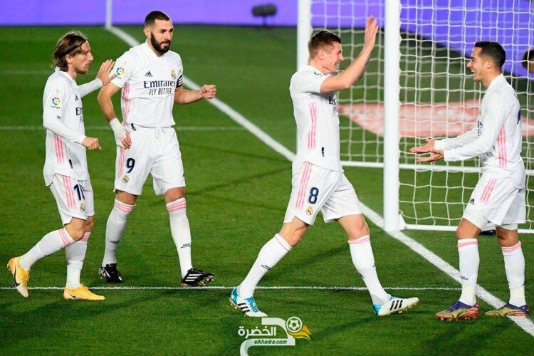 ريال مدريد يفوز على سيلتا فيجو بثنائية نظيفة 25