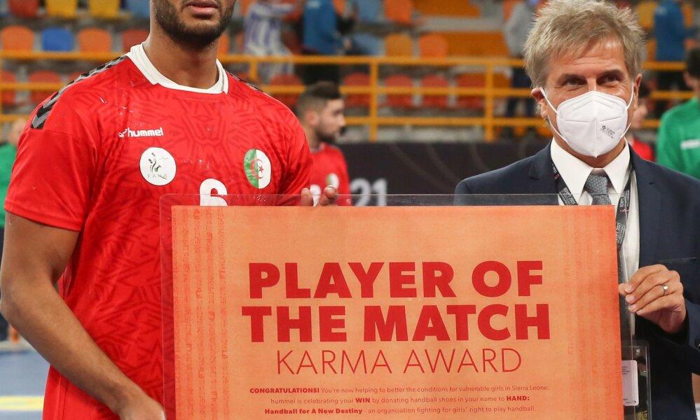 مسعود بركوس يفوز بجائزة أفضل لاعب في مباراة الجزائر والبرتغال! 23