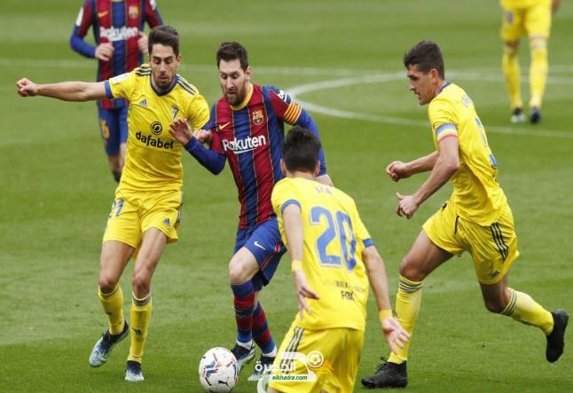 تعادل مفاجئ من برشلونة مع ضيفه قادش 28