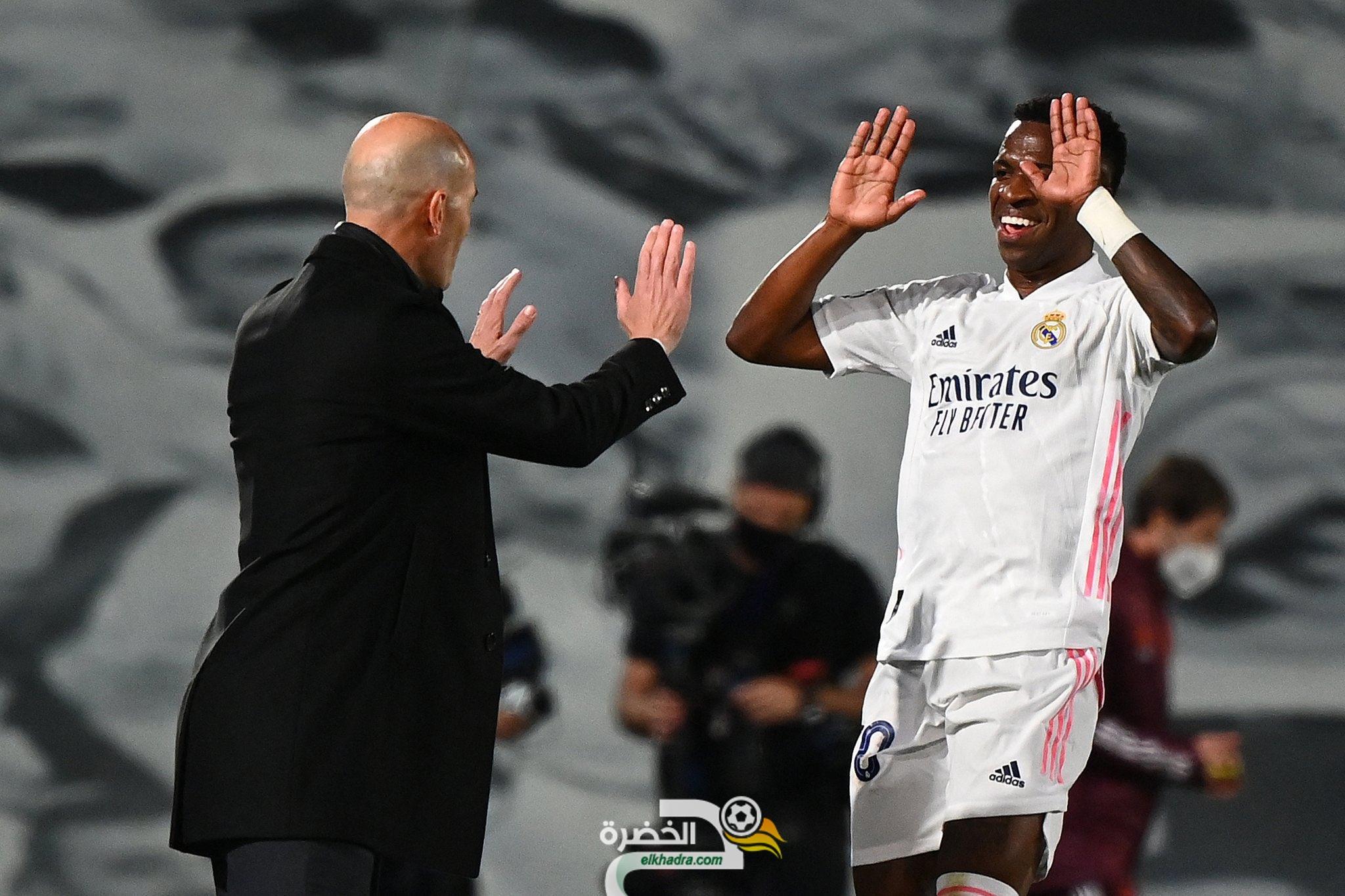 فينيسوس جونيور يقود ريال مدريد للفوز على ضيفه ليفربول 23