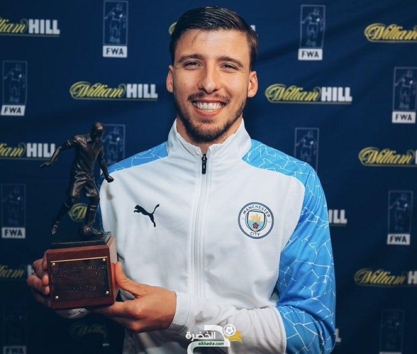 روبن دياز يفوز بجائزة أفضل لاعب في البريميرليغ 1