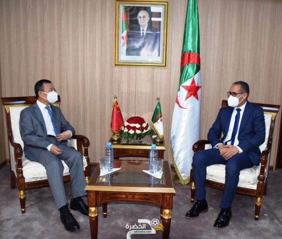 """الجزائر والصين: """"الاتفاق على تسليم الهياكل الرياضية في الآجال المعقولة """" 16"""