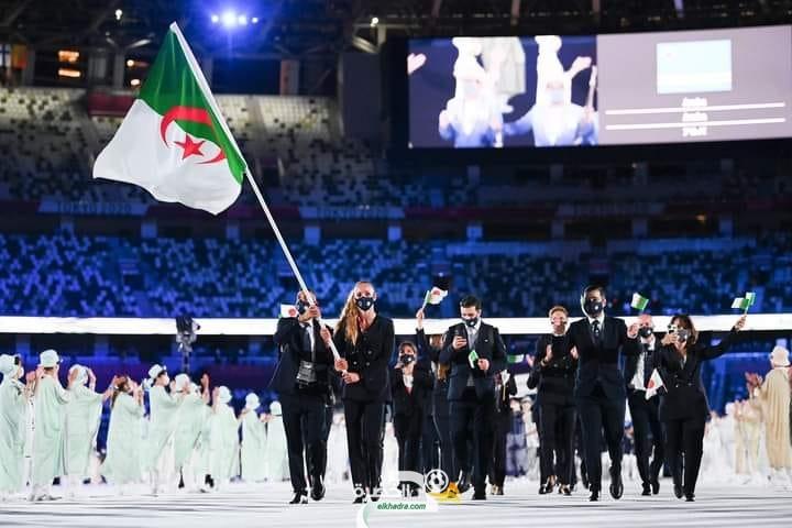 فليسي ومليح يحملان علم الجزائر في حفل افتتاح أولمبياد طوكيو الصيفي 2020 15